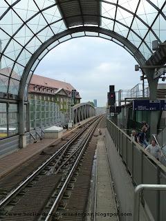 berlin, spandau, s-bahn, rathaus, brucke