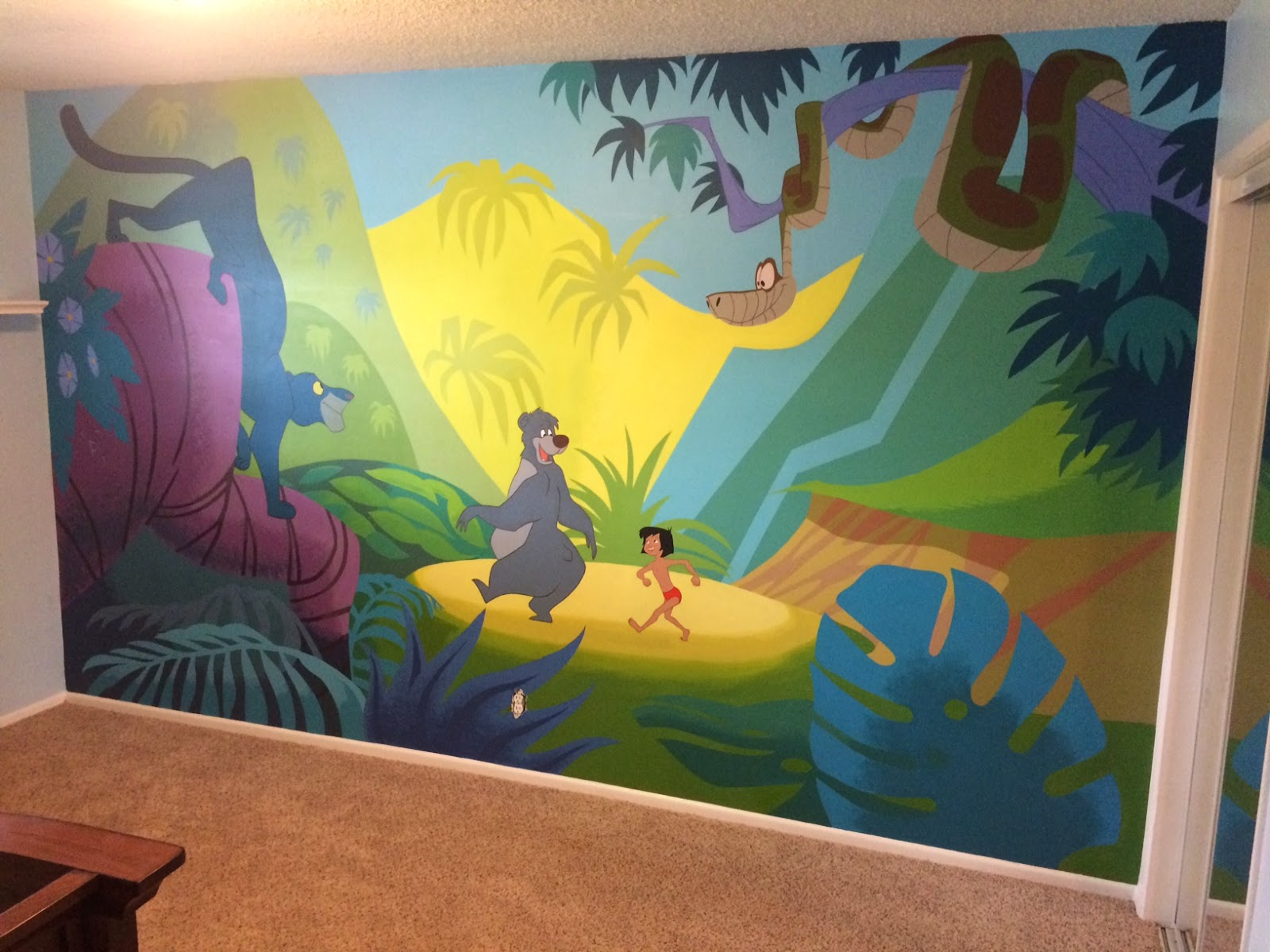 What\'s Seanyboy Doing?: Baby Mural Done!