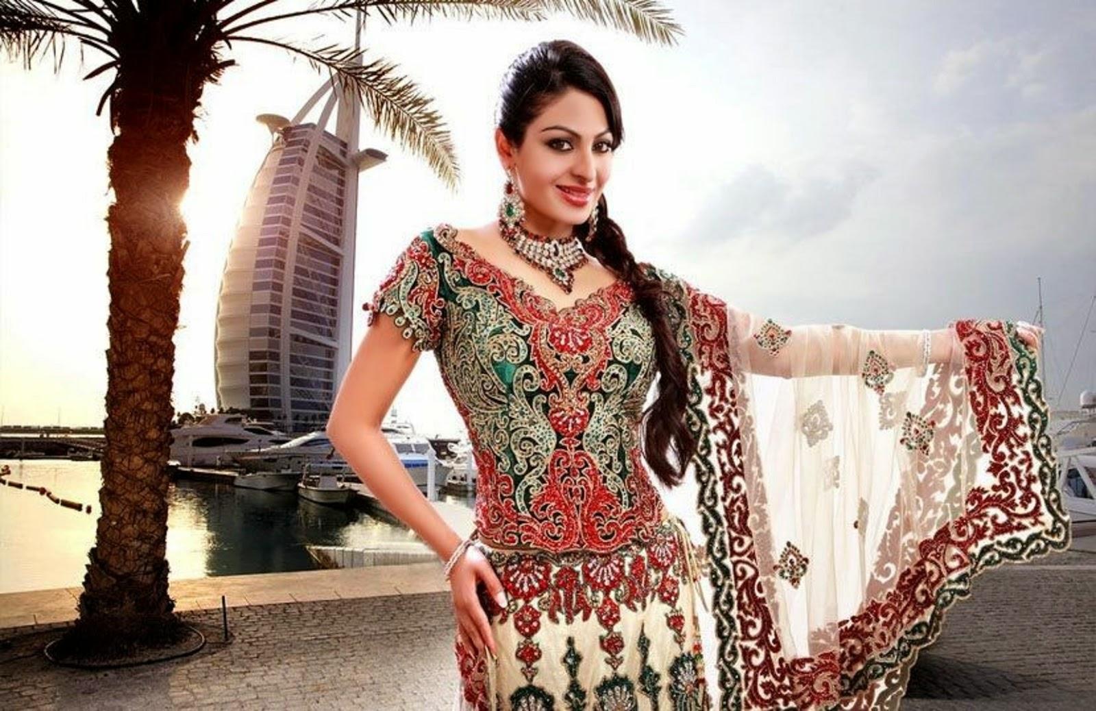 Neeru+Bajwa+Suits ... Download: Beautiful Punjabi Actress Neeru Bajwa ...