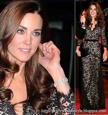 Кейт Мидълтън с черна дантелена рокля