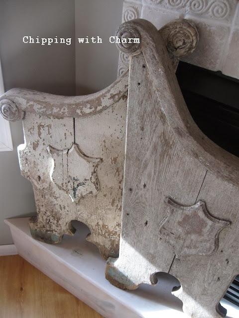 Chipping with Charm: chippy church pew sides...http://www.chippingwithcharm.blogspot.com/