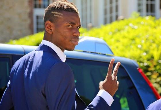 El jugador Paul Pogba, de la selección de Francia, que viste de Christian Dior @Blocdemoda