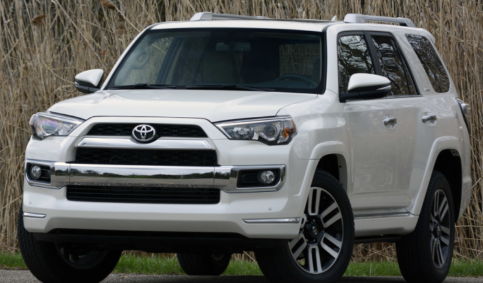 2017 toyota 4runner spy shots auto sporty. Black Bedroom Furniture Sets. Home Design Ideas