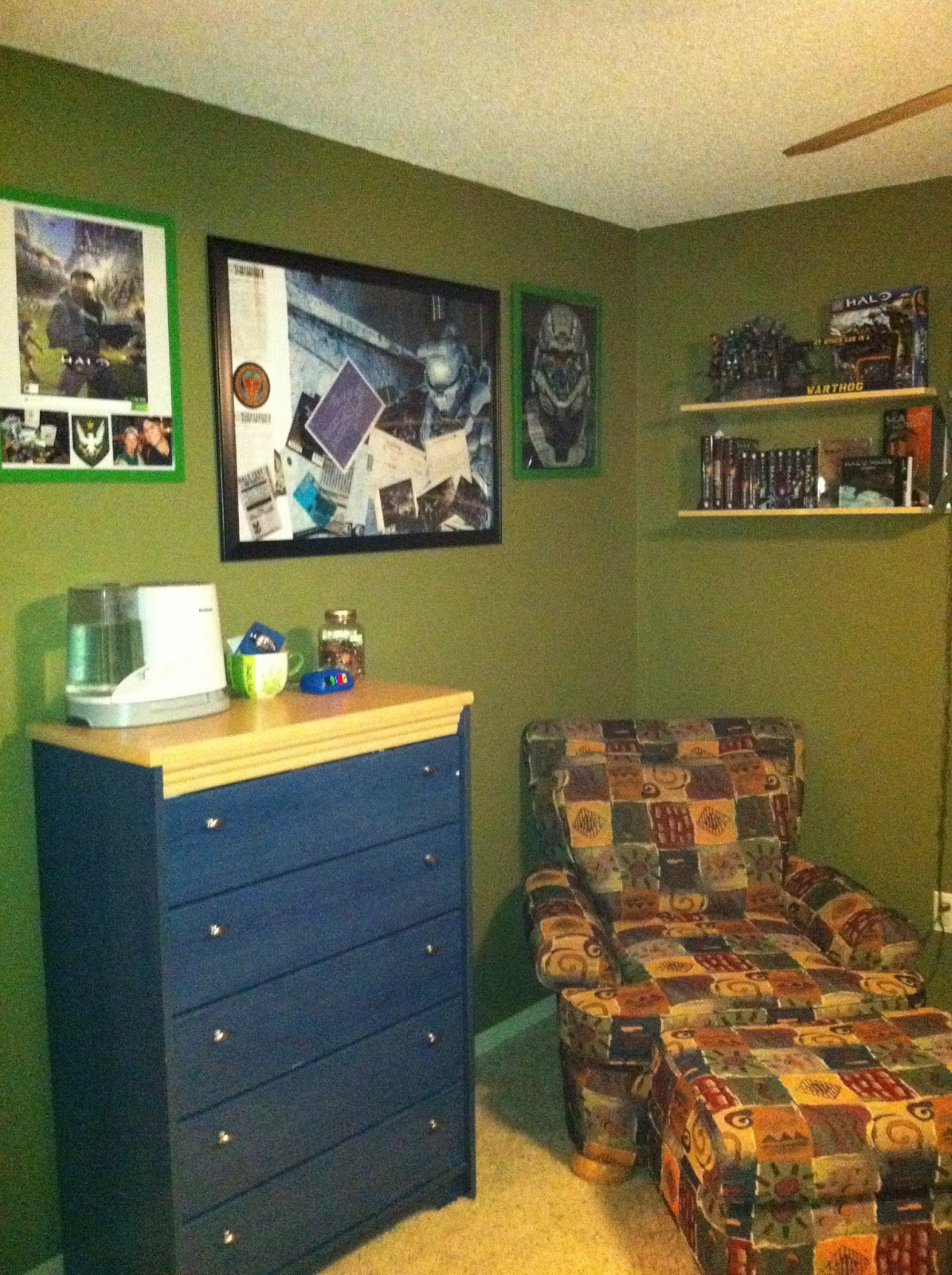 video game themed room halo video game bedroom