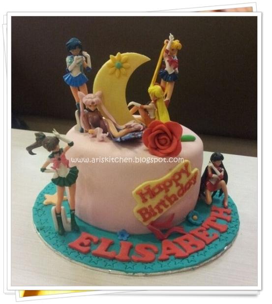 Dangel Cakes Sailor Moon Cake