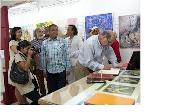 Embajador de Venezuela, representantes diplomáticos y artistas