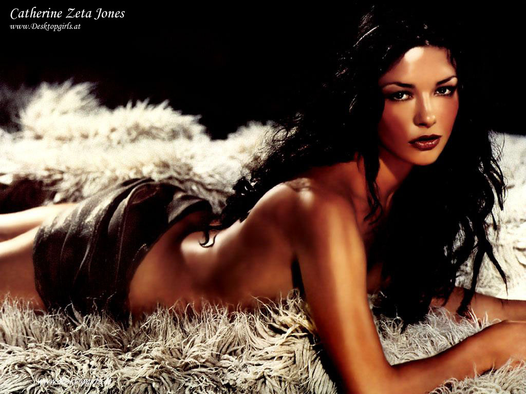 catherine-zeta-jones-sex-babe-body-builder-squirting