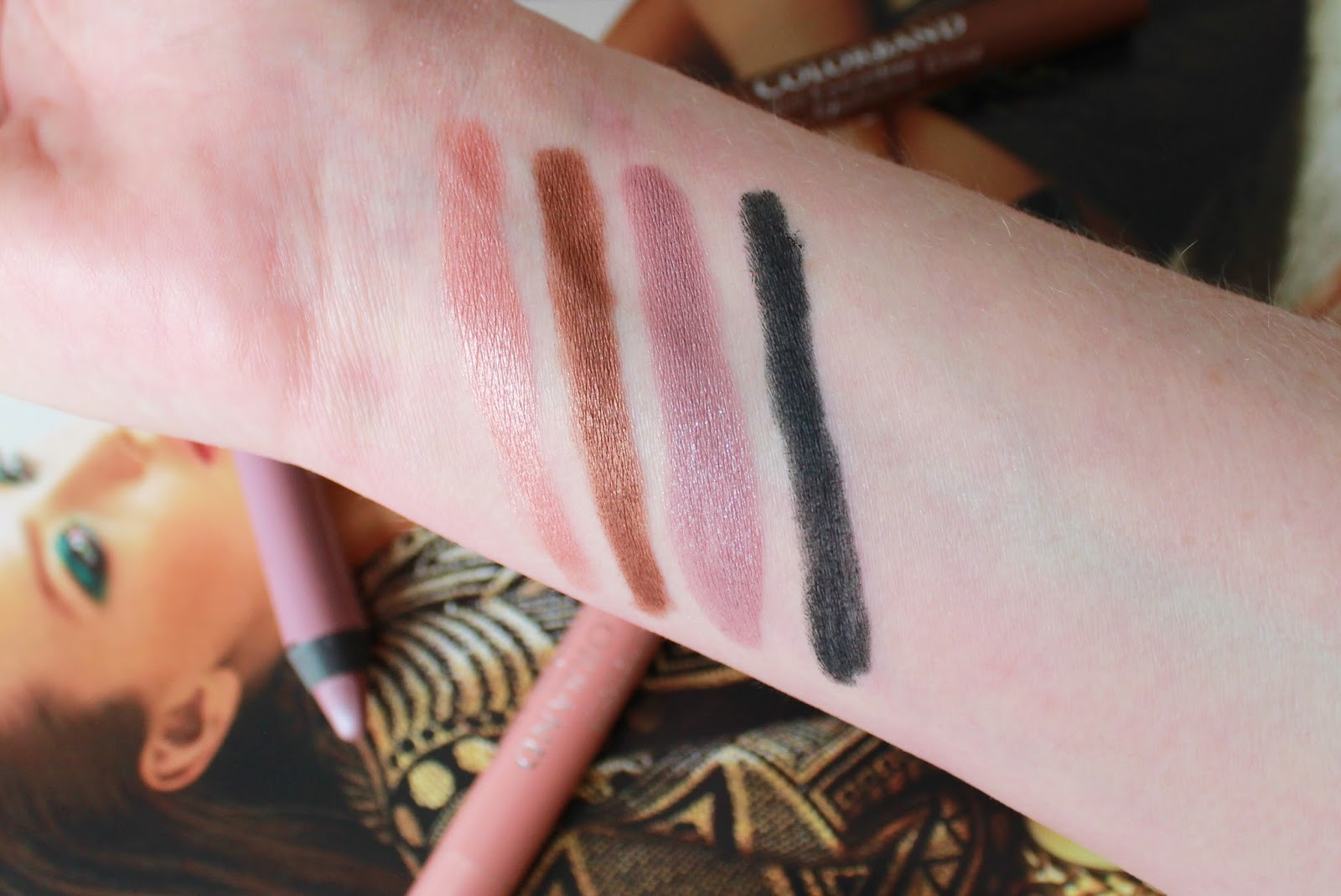 Bourjois colourband eyeshadow crayons swatches