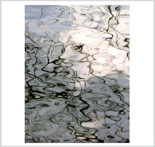 water smoke, water ripples artwork, water ripples photography, water ripple art, smoky water photos, laura hol art