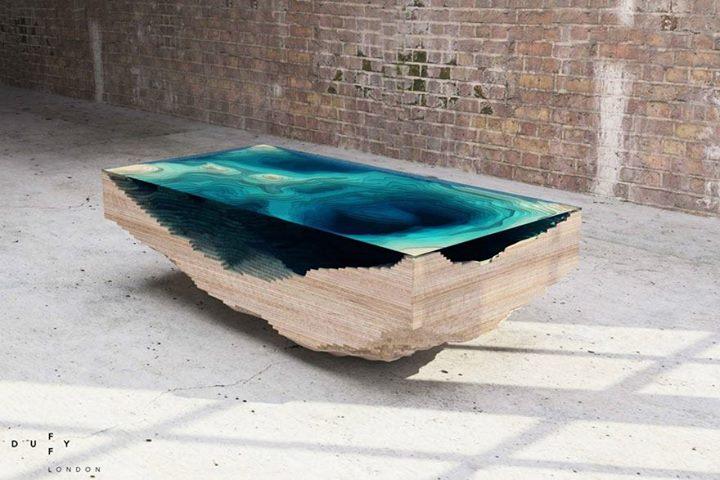 Meja Unik kayu seperti pulau