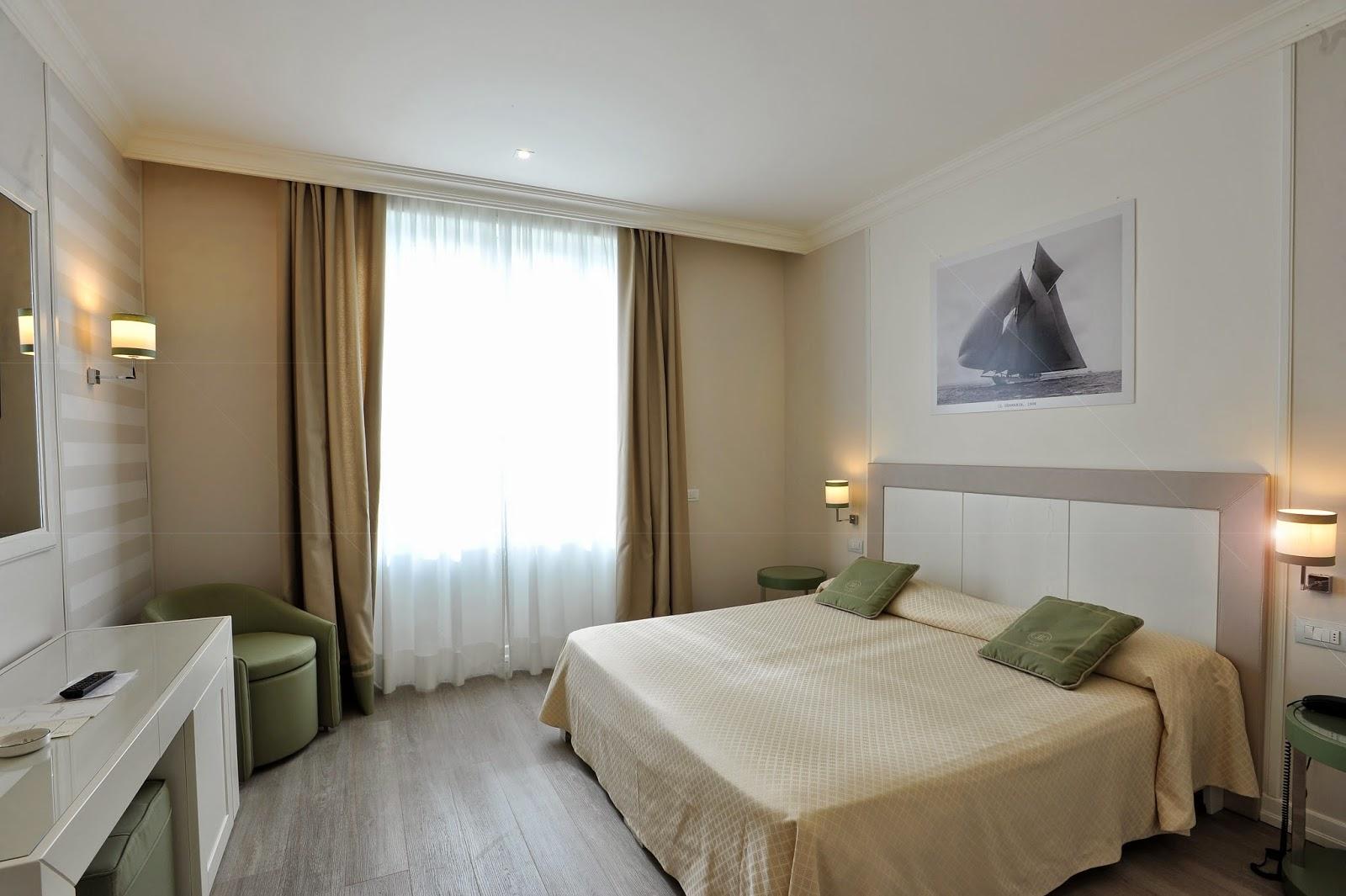 Benessere architettura grand hotel riviera uno for Cabine della foresta lacustre