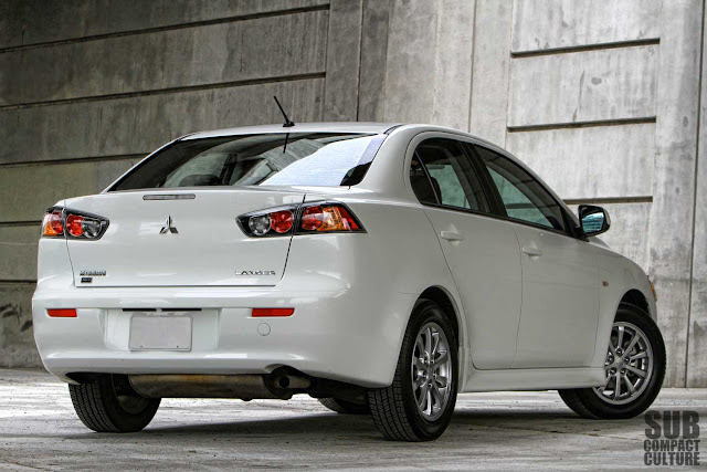 Mitsubishi Lancer SE review rear