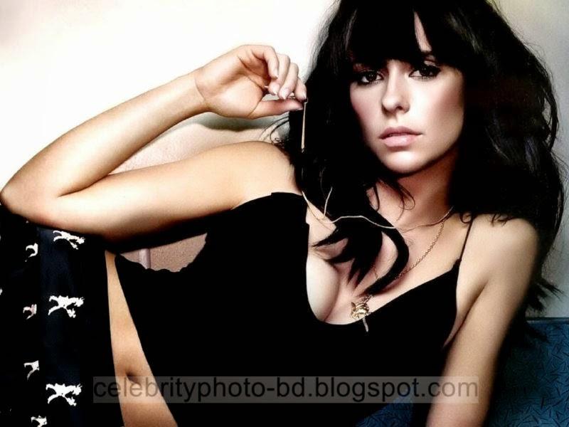 Jennifer+Love+Hewitt+Latest+Hot+Photos+With+Short+Biography007