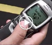 Propaganda do Nokia 7160 com o piloto Rubens Barrichello.