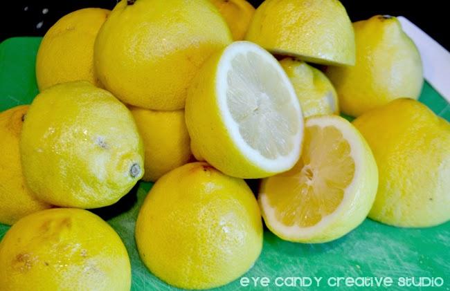 fresh lemons, cut lemons, lemons used to make fresh lemonade