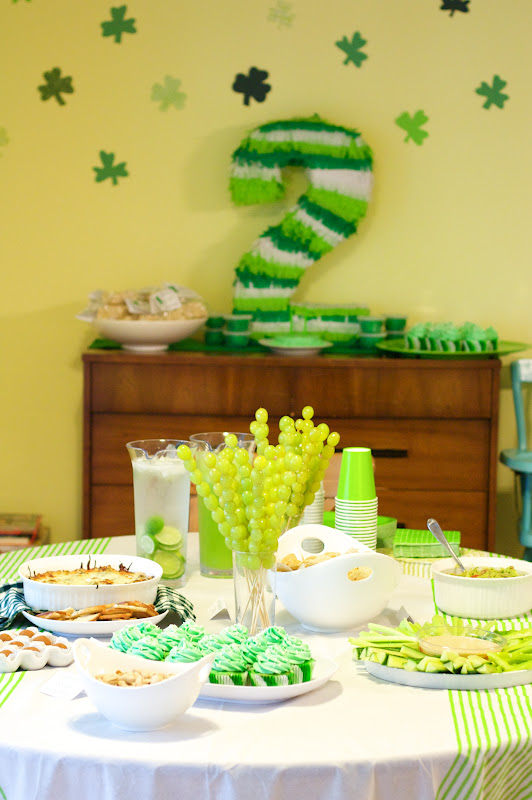 Elliott s lucky day a green themed 2nd birthday party for 2nd birthday decoration ideas