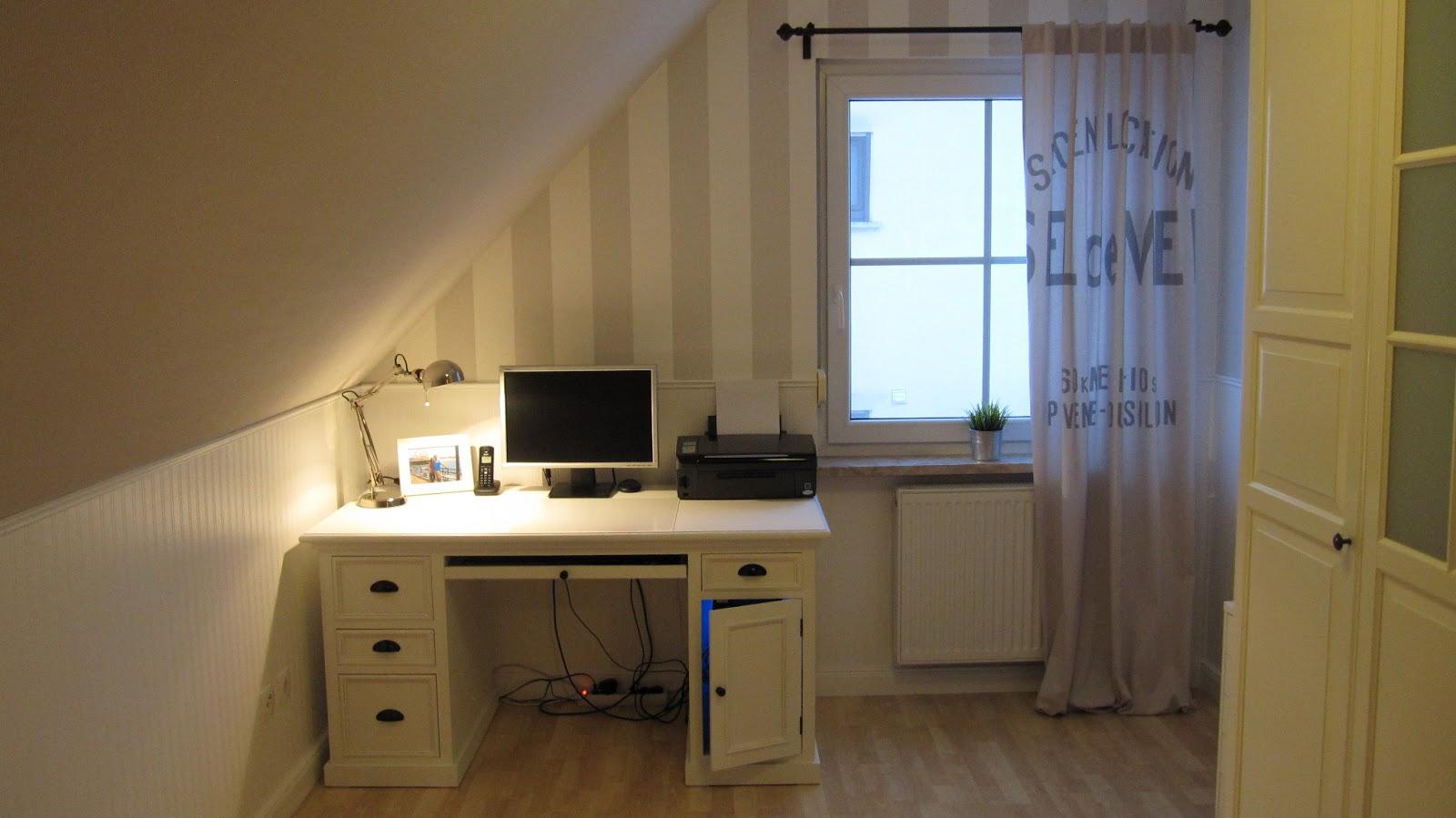 kleines gelbes haus schreibtisch newport. Black Bedroom Furniture Sets. Home Design Ideas