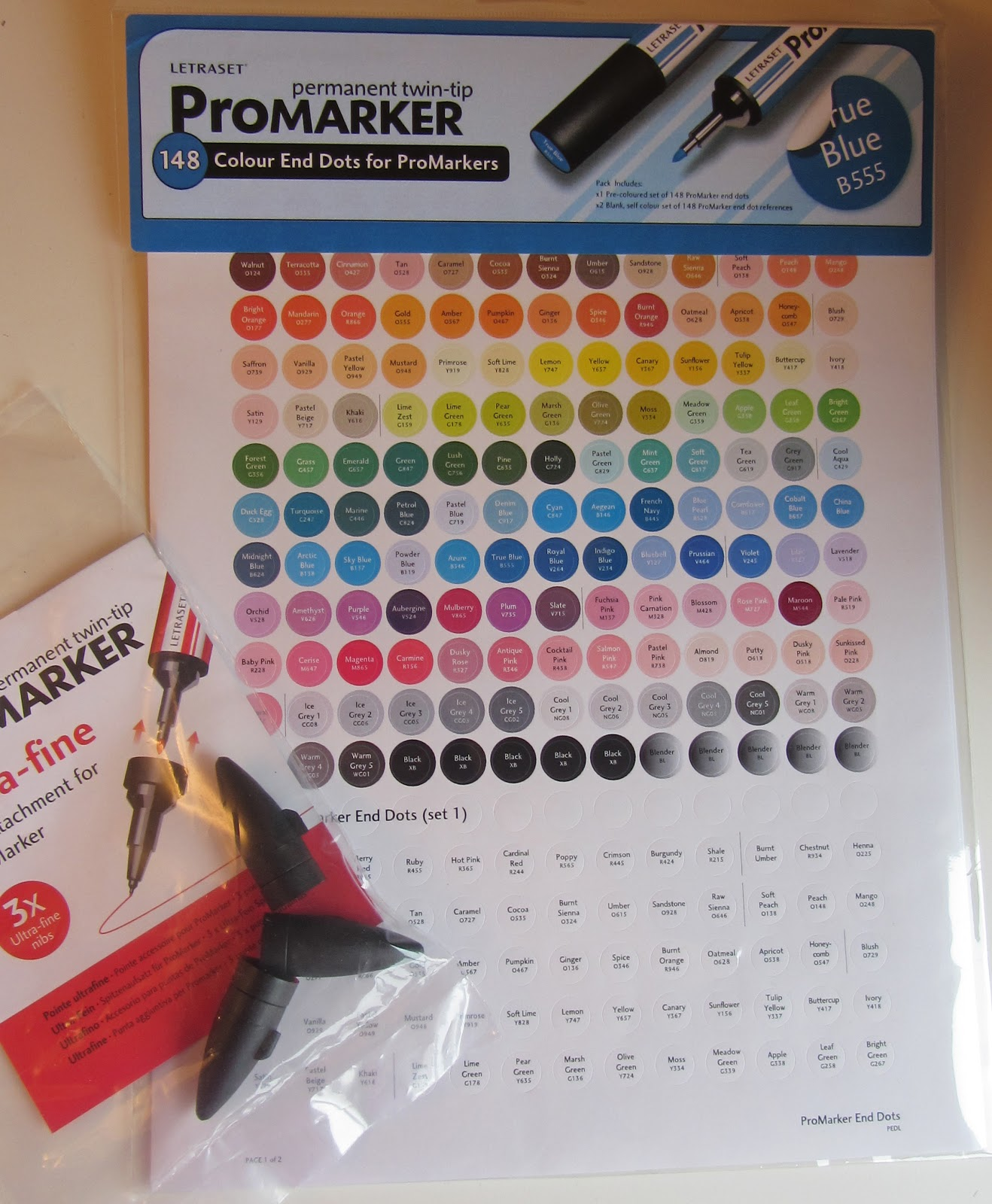 Mellymoo papercrafting promarkers storage and colour end dots as you can see from the photo i added my own colour spots onto the lids of the pens for easy reference but i found a pack of some preprinted and blank nvjuhfo Choice Image