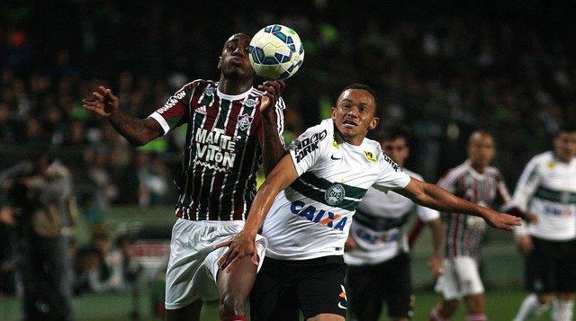 Empate não foi satisfatório para nenhuma das duas equipes em questão de tabela (Foto: Nelson Perez/Fluminense FC)