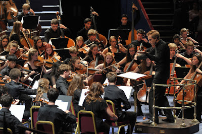Vasily Petrenko conducts the National Youth Orchestra of Great Britain at the BBC Proms ©BBC/Chris Christodoulou