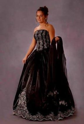 Sayumi plus size wedding dresses with color for Black and white plus size wedding dresses