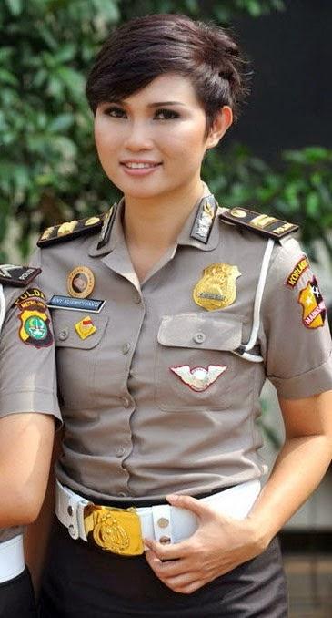 Eny Kuswidiyanti Regama