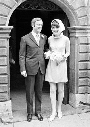 Audrey Hepburn Wedding Dress - Affordable 1960s Wedding Dresses