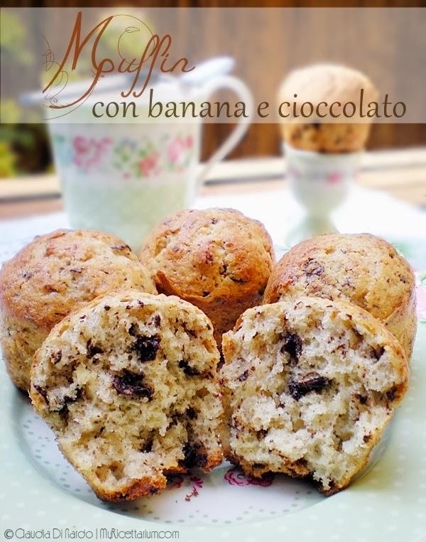 Muffin con banana e cioccolato