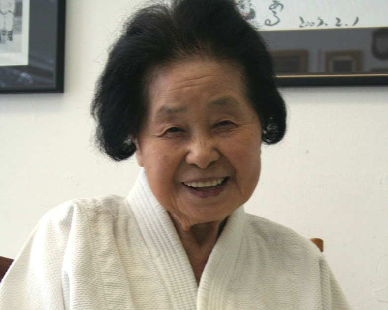 Entrenar mujeres japonesas en el ejeacutercito completo bitly2qni3pt - 4 1