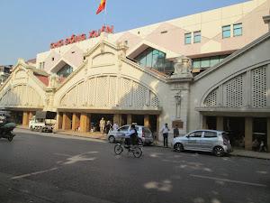 """Dong Xuan Market"" in Hanoi."