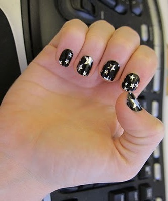 nail art halloween design