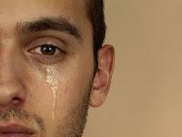 Apa yang Membuat Pria Merasa Sakit Hati?