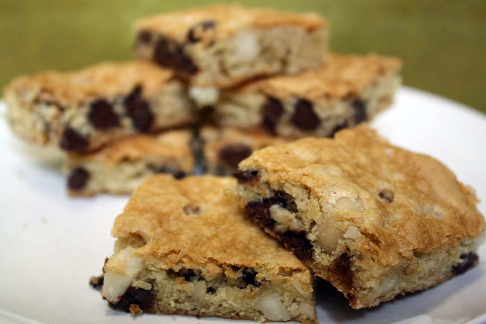 Macadamia Nut And Chocolate Chip Blondies Recipes — Dishmaps