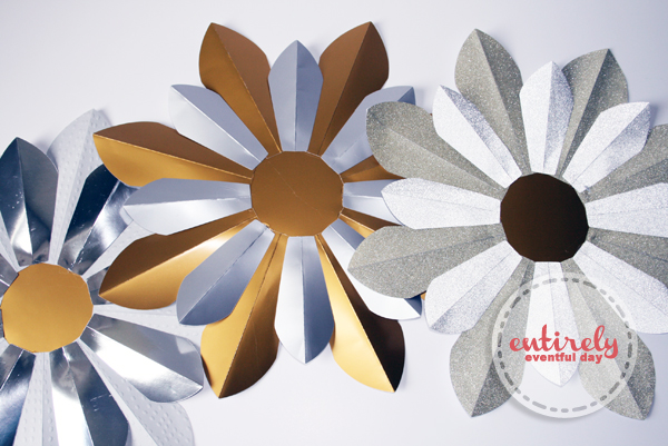 DIY Paper Sunburst Mirrors. I can't believe these are made out of paper (for only about $5). entirelyeventfulday.com