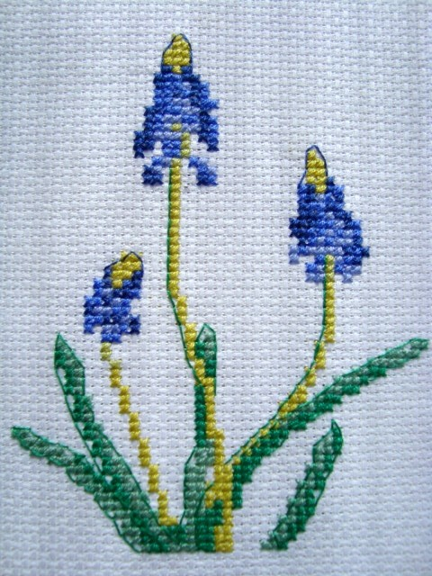 крестиком вышивка цветка