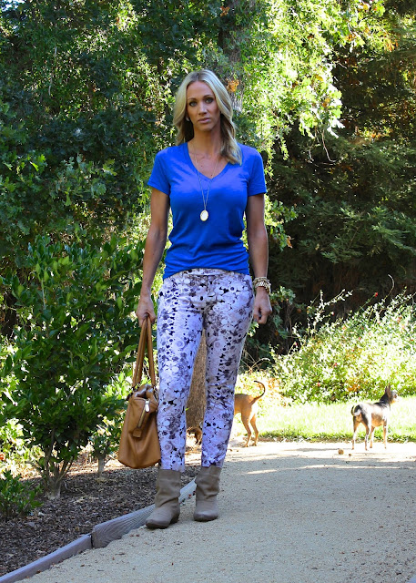 blue tee printed pants