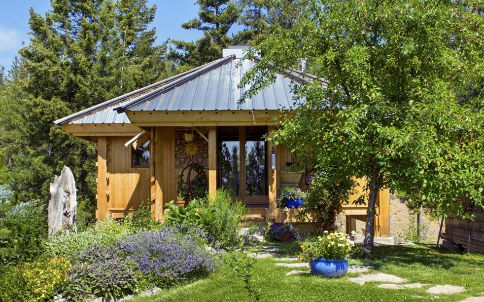 Lloyd S Blog Tiny 300 Sq Ft Mandala Home In Canada
