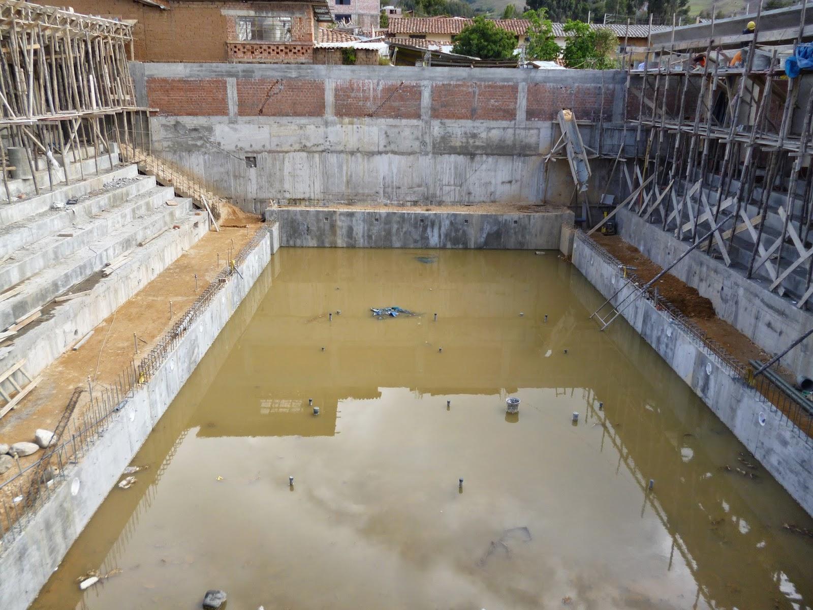 Alta gracia con la fe y la verdad con moderna piscina for Construccion piscina temperada