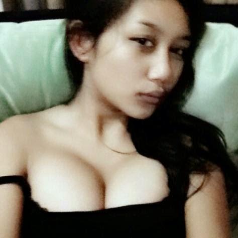 foto artis on foto telanjang artis indonesia terbaru
