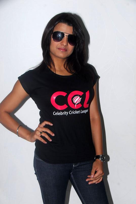 Tashu Kaushik Ccl Stills hot images