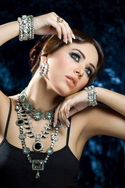 http://www.funmag.org/fashion-mag/jewelry-designs/amber-sami-latest-jewelry-designs-with-ayyan-ali/