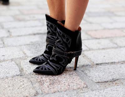 foto bota diferente feminina 2013