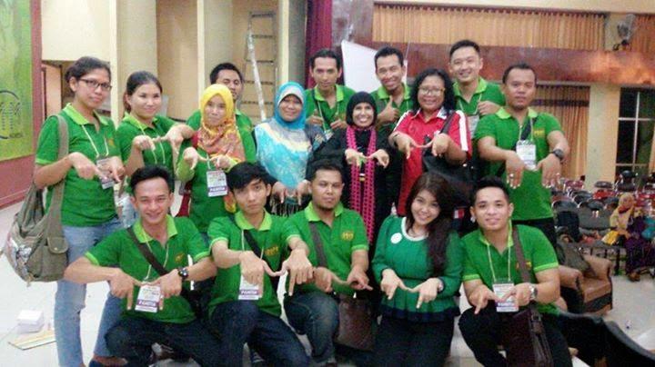 Konferensi MMM Mavrodi Indonesia Di Gedung Wanita Candra Kencana, Surabaya Pada Tanggal 19 September 2014