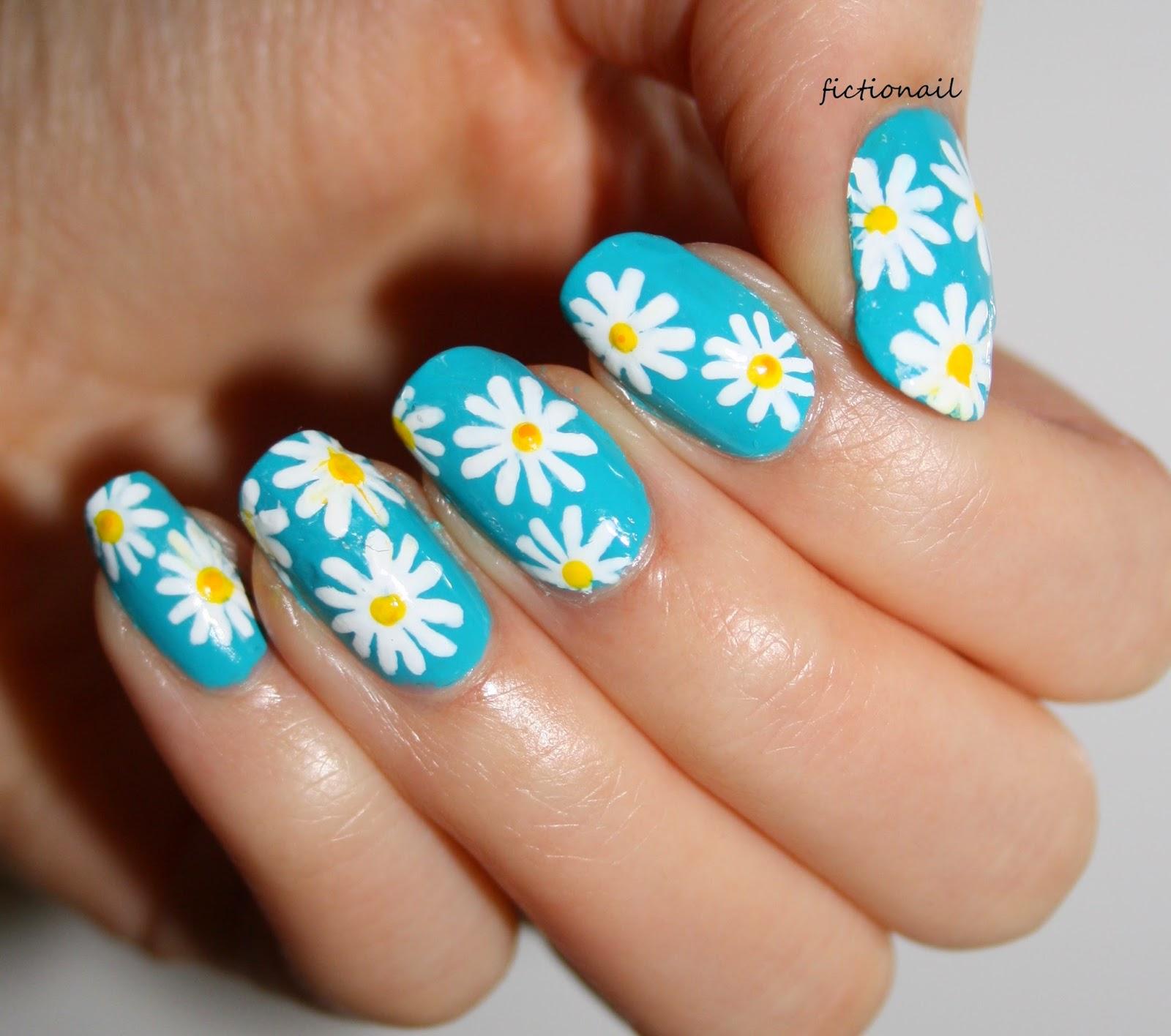 Spring Daisy Nail Art