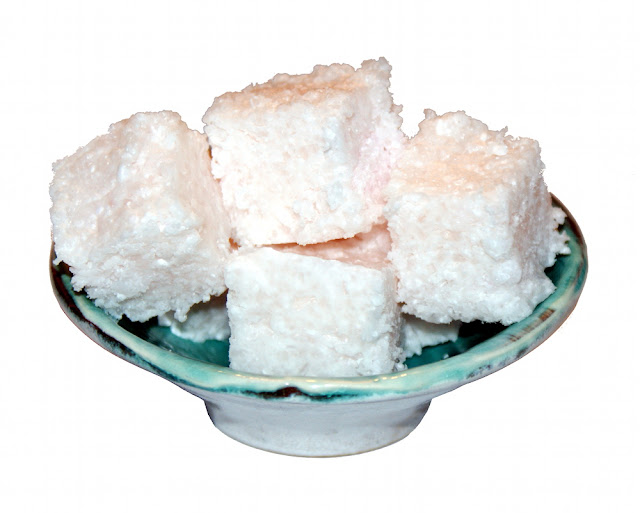 Beauty DIY - Handmade Pink Grapefruit Scented Solid Salt Scrub Cubes with Epsom Salts, Shea Butter, Cocoa Butter and Mango Butter