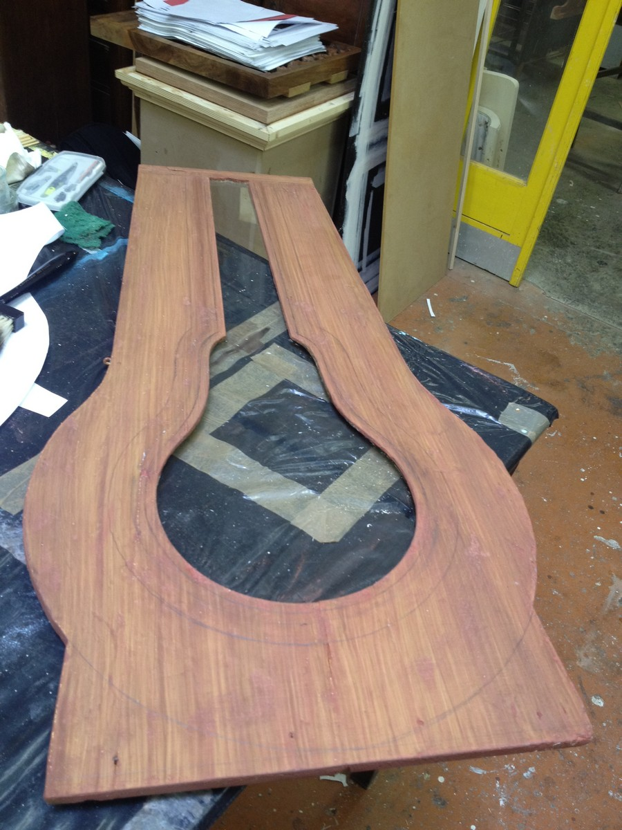L 39 appel du bois peinture d corative sur meuble for Peinture sur meuble bois