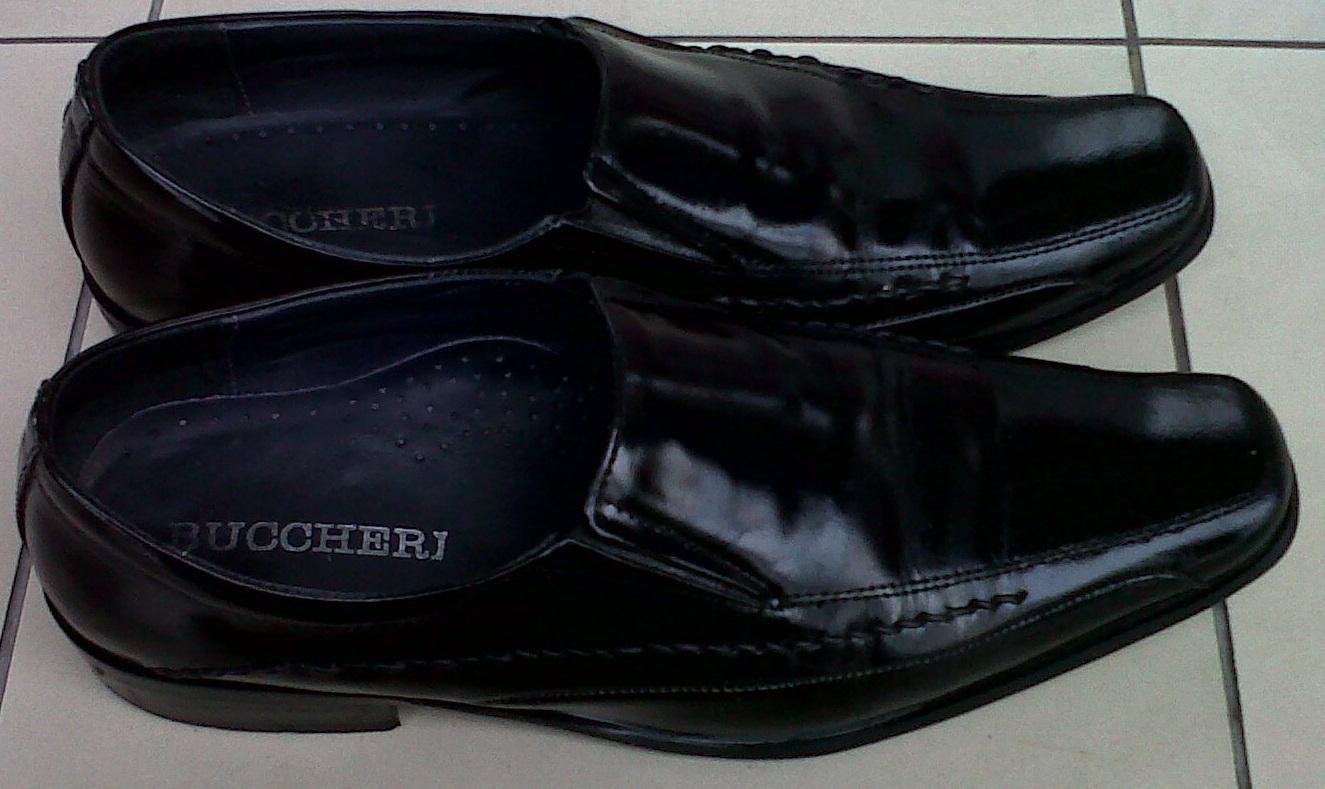 Sepatu Merk Buccheri - Agus Santoso