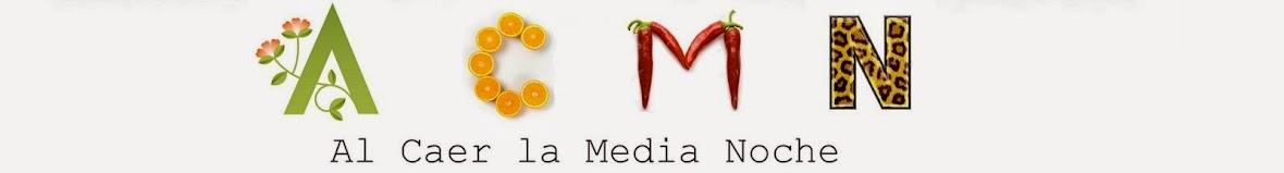 Al Caer La Media Noche