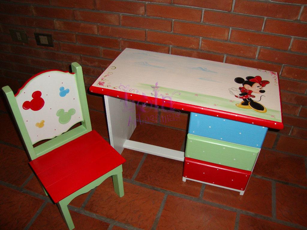 Lola artesan as escritorio infantil con minnie for Escritorio infantil