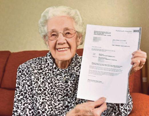 Terkejut, Nenek Umur 100 Tahun Mengandung